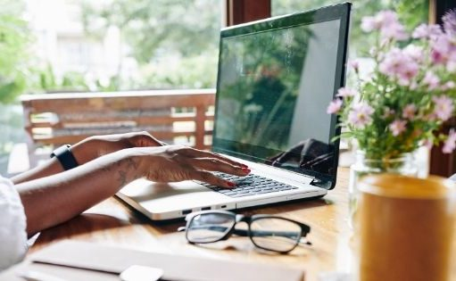 7 Ways How Remote Working Benefits Employees