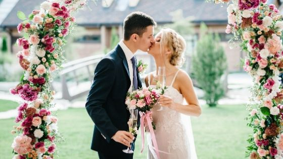 How to Plan a Perfect Dream Wedding on a Budget