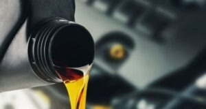 Classification of Engine oil: Group 1