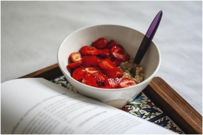 Strawberry Keto Oatmeal