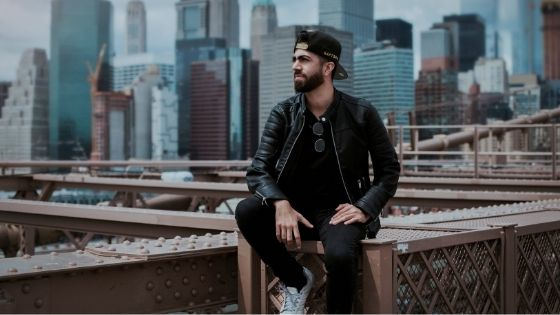 Best 5 Essential Leather Accessories for Men