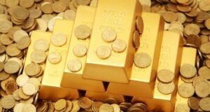 Should You Invest in Gold? Pros and Cons