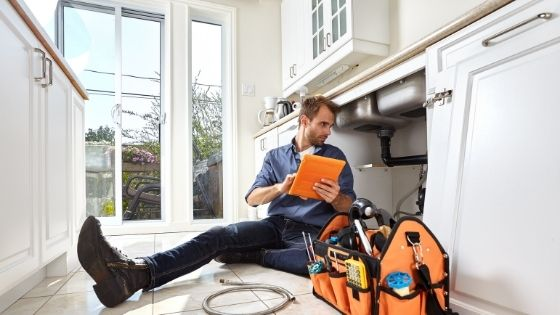 Different Types of Plumbers You May Encounter